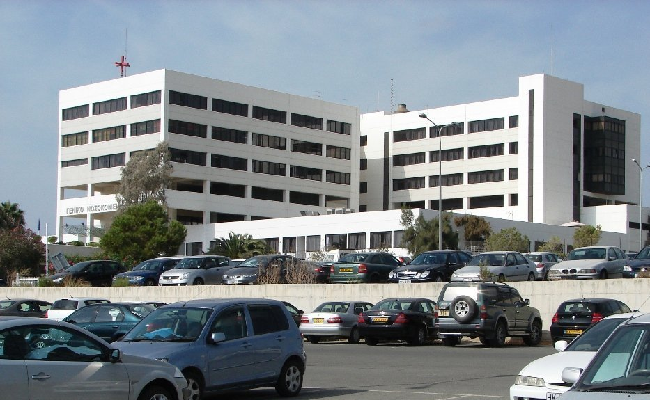 Coronavirus: Confirmed case to be transferred to ICU at Limassol Hospital-UPDATED