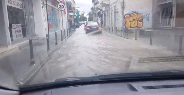 Limassol streets flooded as rains continue (video)