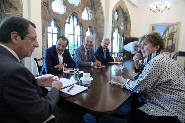Lute holds separate meetings with Anastasiades and Akinci ahead of the UNSG's meeting with the leaders in Berlin