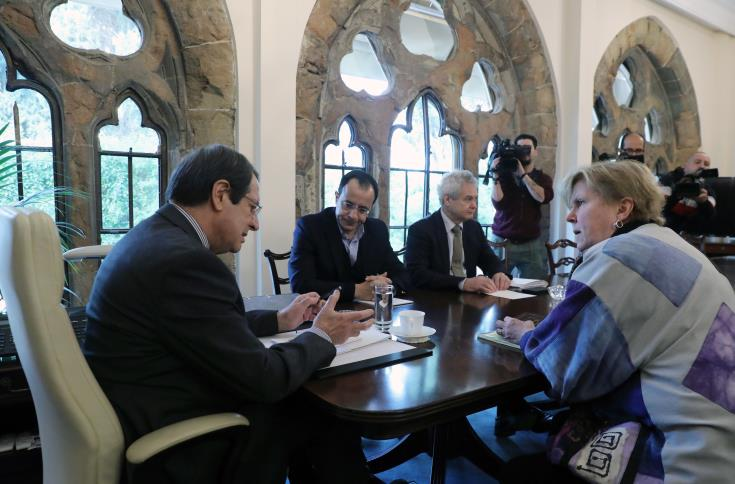 President put forward new ideas in meeting with Lute