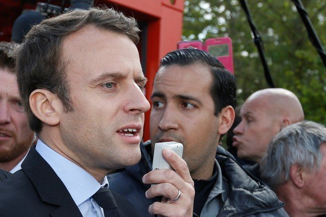 Macron to fire bodyguard caught on camera beating protestor