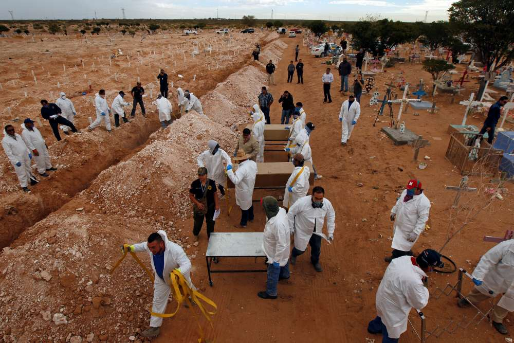 More than 200 mass graves of Islamic State victims found in Iraq - UN report