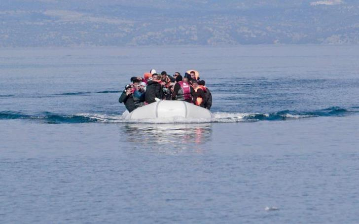 Boat carrying migrants spotted off Pomos coast
