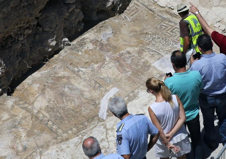 Larnaca mosaic: interrupted work costing state millions