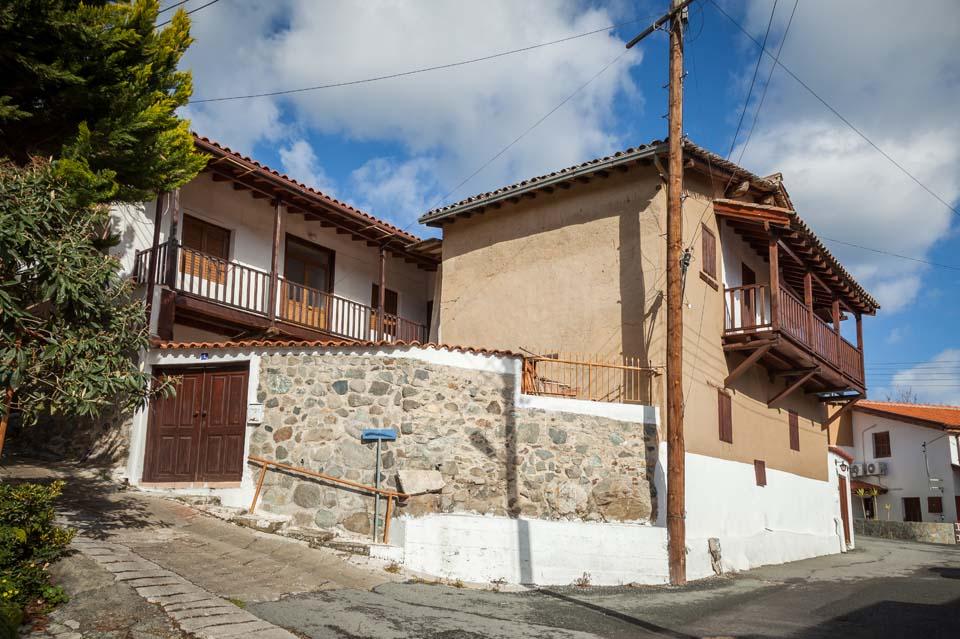 Palia Galata (The Old Village of Galata) – Traditional Architecture