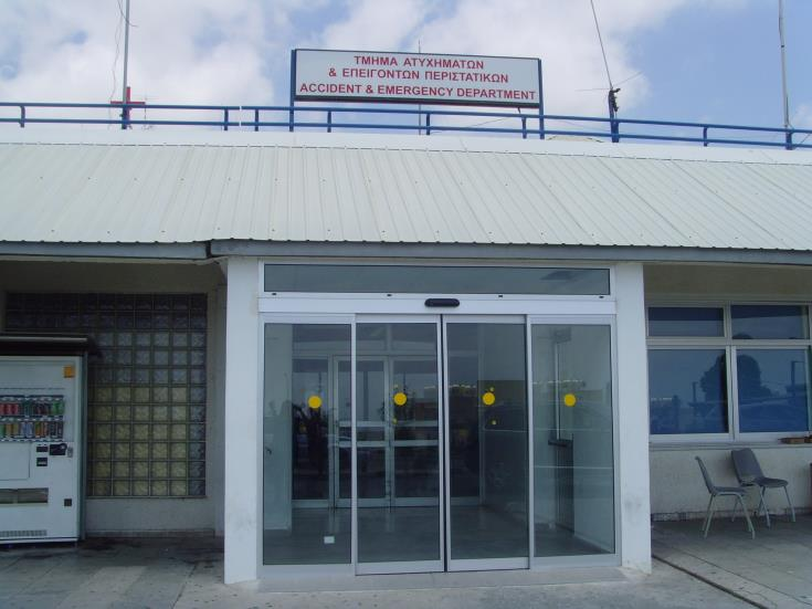 Woman in critical condition in ICU in Paphos hospital after falling off a balcony
