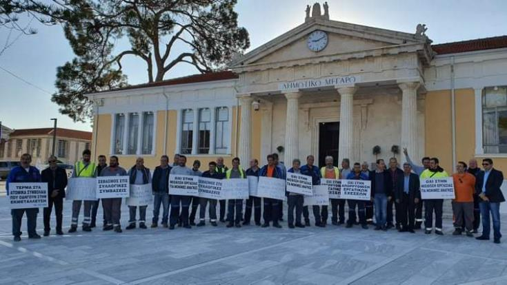 Paphos: Garbage collectors on 24 hour strike over plans to contract out service