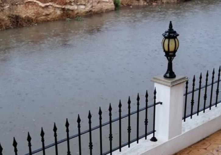 Paralimni resident in despair over flooded road (photo