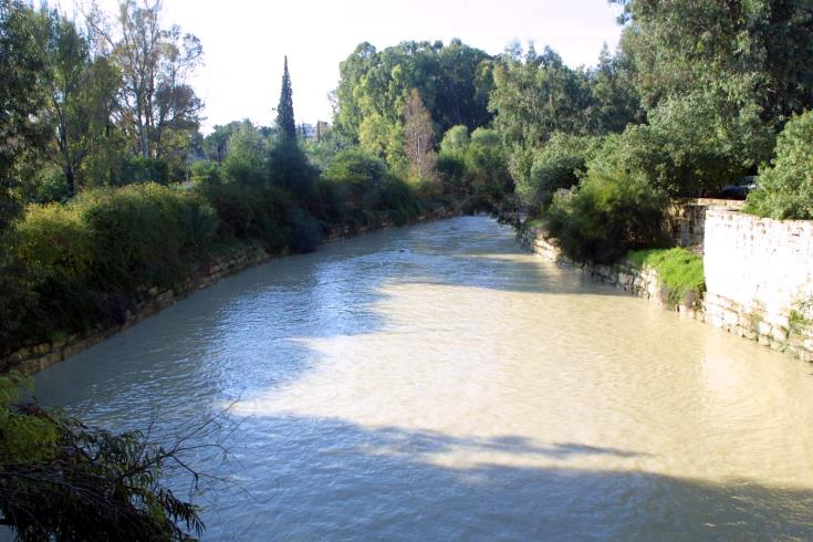 Plans to extend Pedieos linear park across Nicosia Green Line
