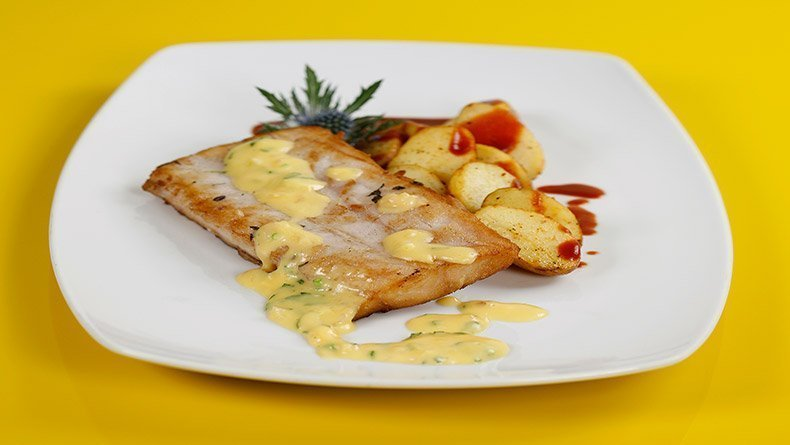 Sauteed perch with light egg-lemon sauce