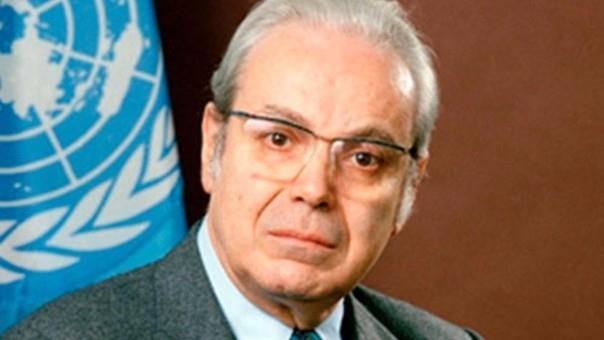 Former UN Secretary-General Perez de Cuellar dies aged 100