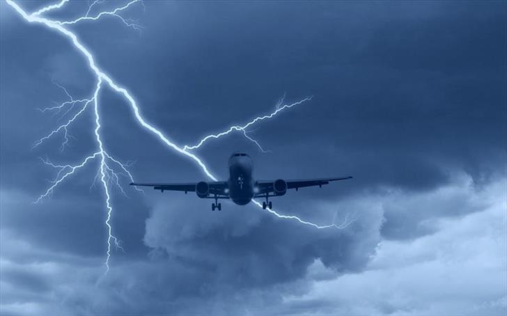 Ryanair flight to Paphos struck by lightning