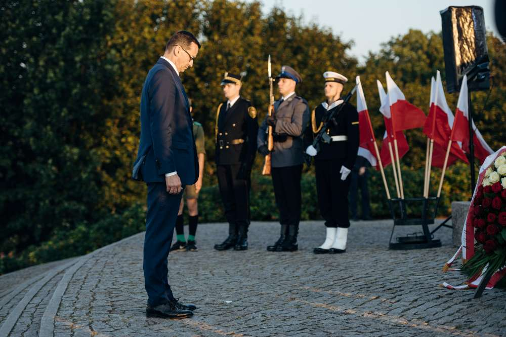 Germany asks for forgiveness as Poland marks 80th anniversary of war