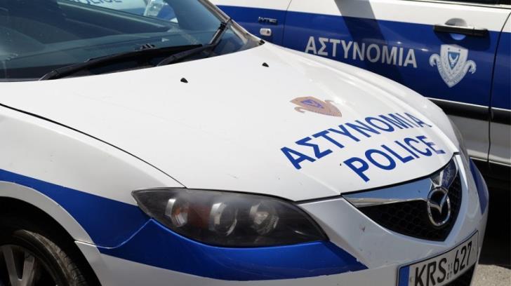 Larnaca: Police raid building site