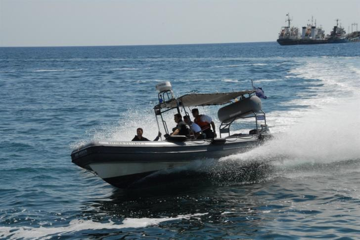 Police rescue 4 member family from near drowning off Larnaca