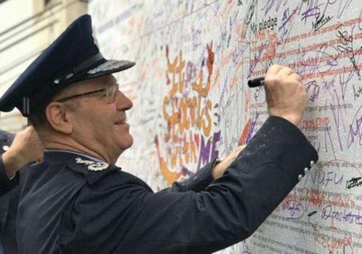 Police chief supports initiative to eliminate violence against women