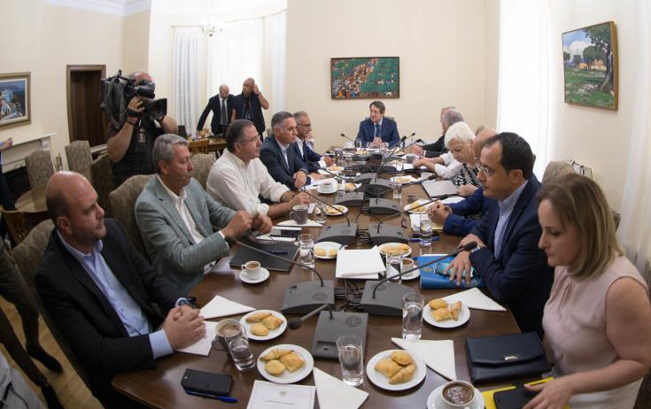 President Anastasiades aims at a creative meeting with Akinci