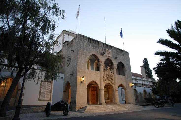 No comment from the Cyprus government on Akinci's hydrocarbon committee proposal