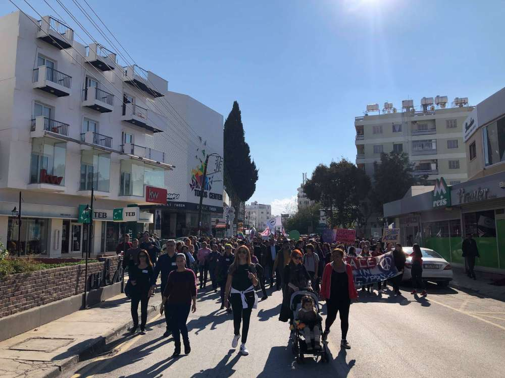Turkish Cypriots march against gender violence (video+pictures)