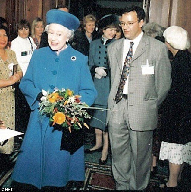 Queen Elizabeth's doctor killed in London road crash