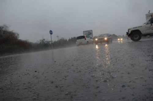 Two Larnaca roads closed because of heavy overnight rain (pictures)