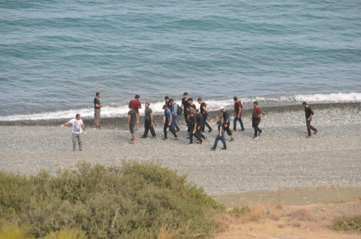 37 refugees found in Kato Pyrgos