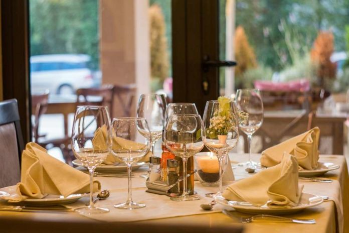 Eurostat: How much are households spending on eating out?