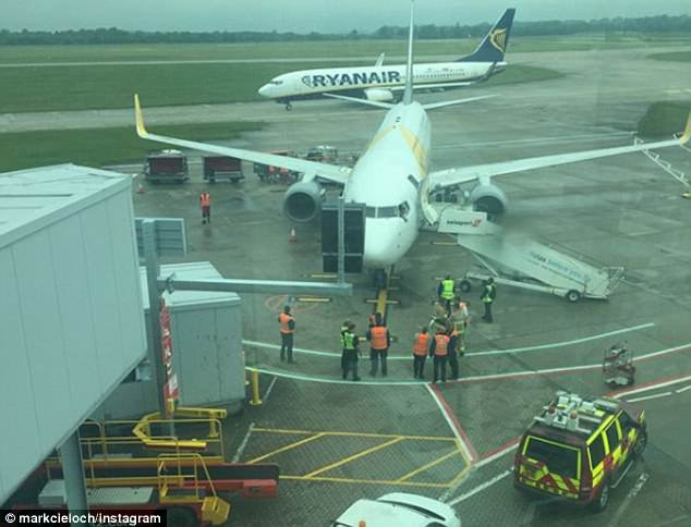 Ryanair and Primera planes collide in Stansted as the two aircraft prepared for take-off