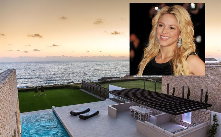 Shakira but also other famous people have bought homes in Peyia