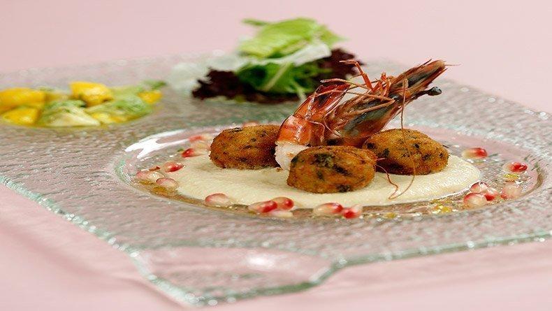 Shrimp patties with hummus