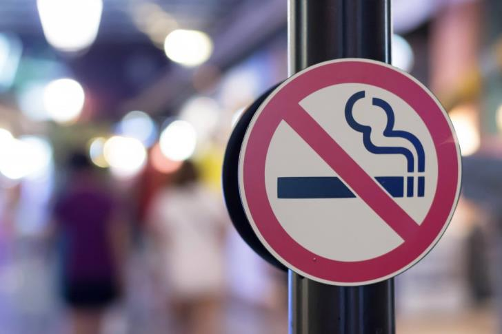 Fewer checks on restaurants' compliance with anti-smoking law