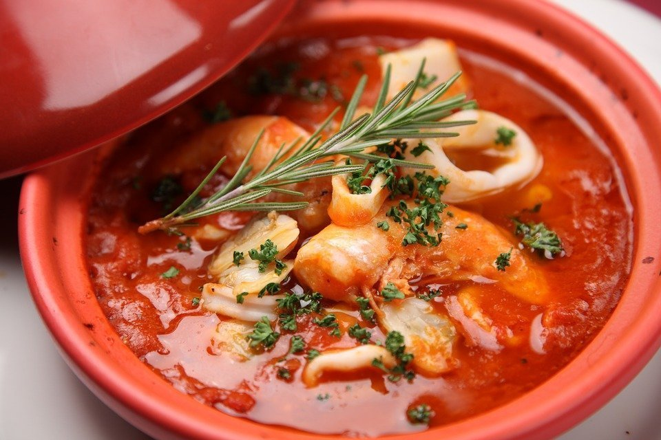 Top-5 soups for cold rainy weather