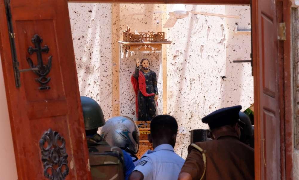 Sri Lanka lifts curfew after bomb attacks kill 290