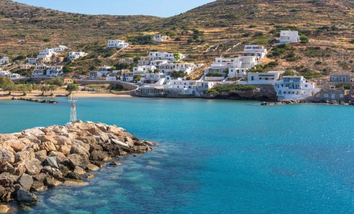 "Greek island to say ""no"" to plastic straws"