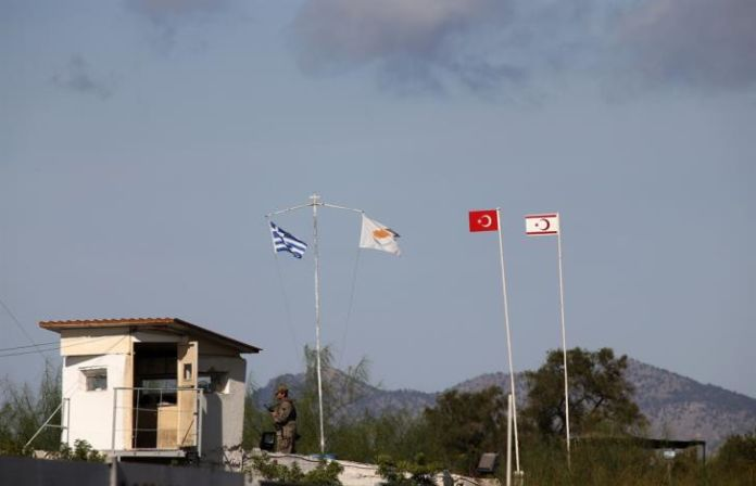 Two Greek Cypriots detained by Turkish troops in Strovilia
