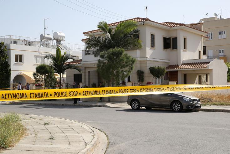 Double murder: Neighbour recounts 'nightmare' night