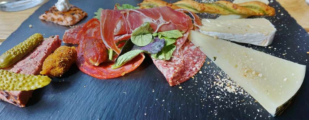 Piedra: Spanish spirit in Paphos with tapas and more