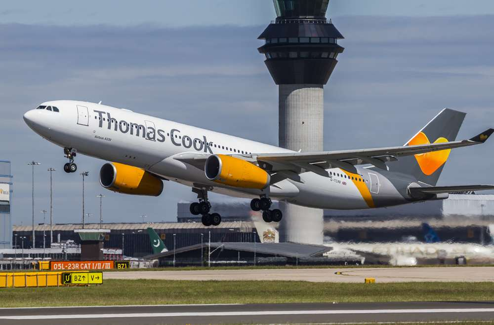 Thomas Cook loses ground and raises concern
