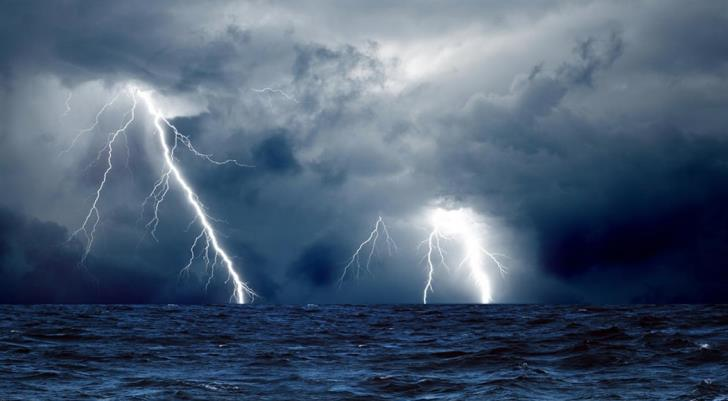 Met office issues thunderstorm and heavy rainfall warning for Friday