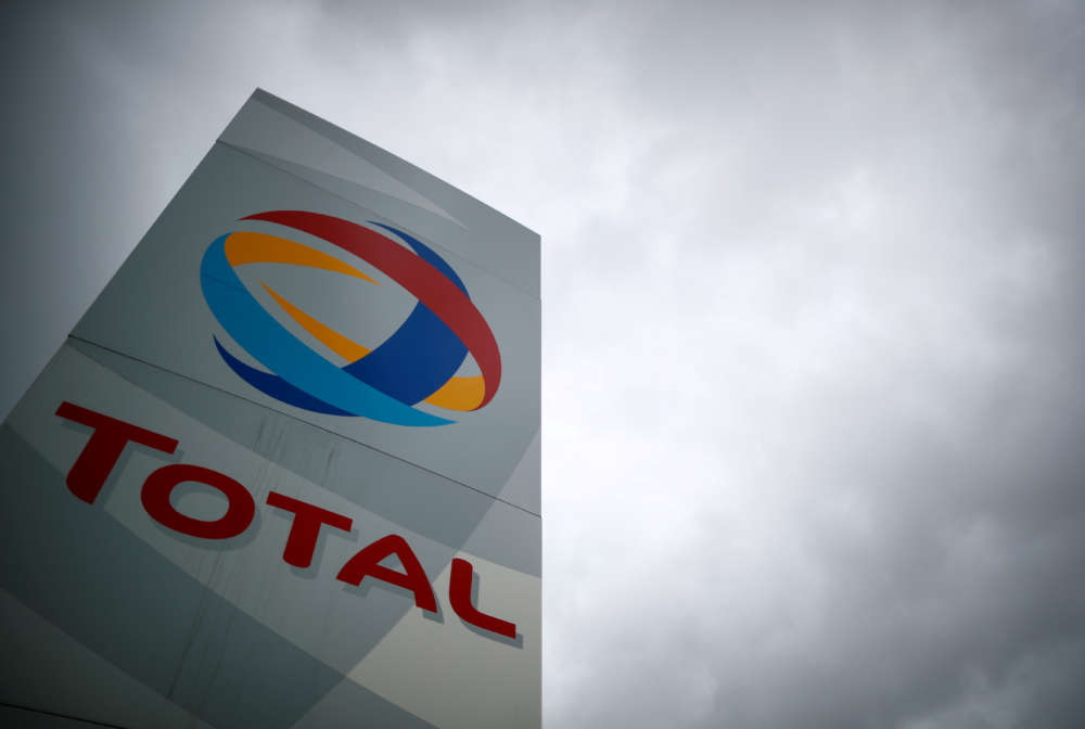 French union workers vote to halt production at key oil facility