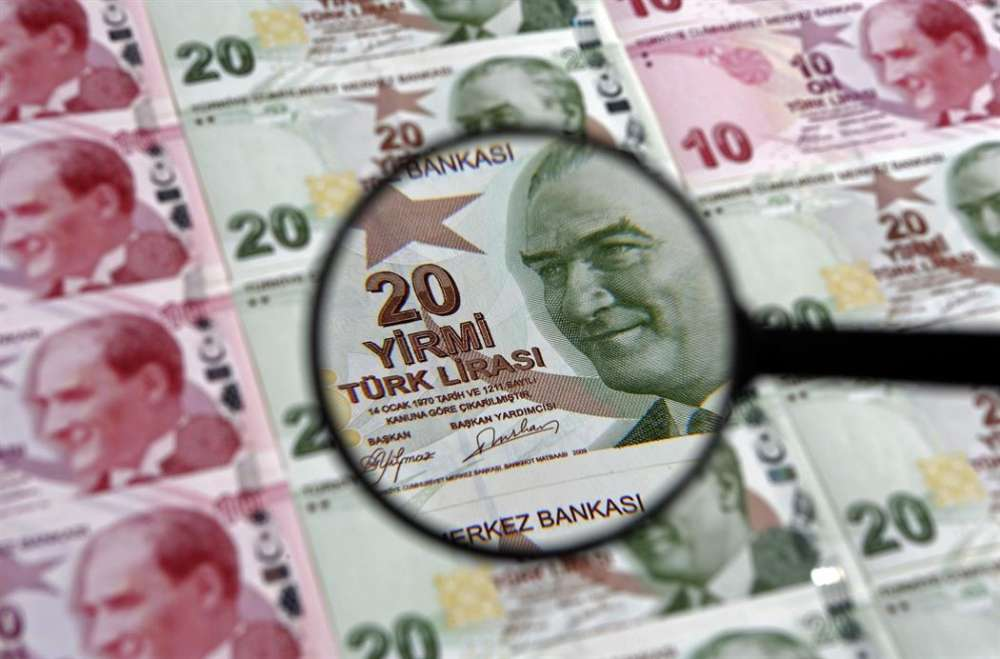 The plunge in the Turkish lira and Turkish Cypriots' shopping habits