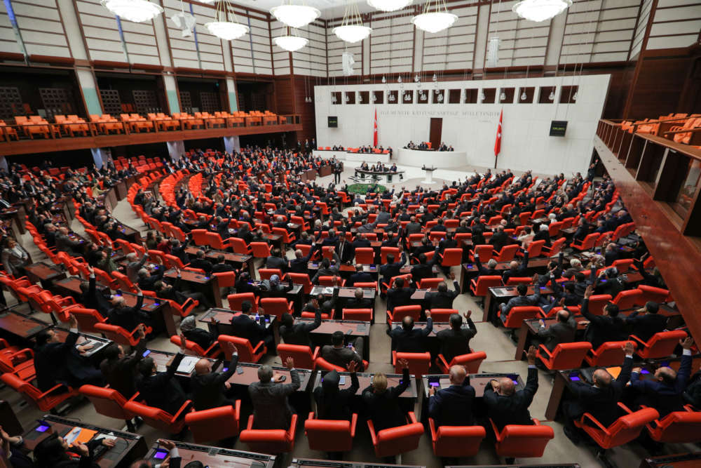 Turkish parliament approves bill allowing Libya troop deployment