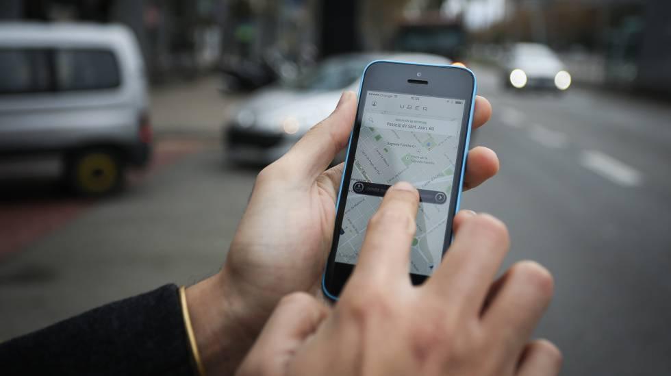 Uber awaits renewal decision on London licence