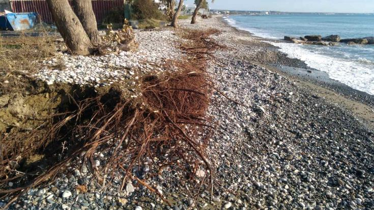 Concern over coastal erosion at Voroklini and Pervolia