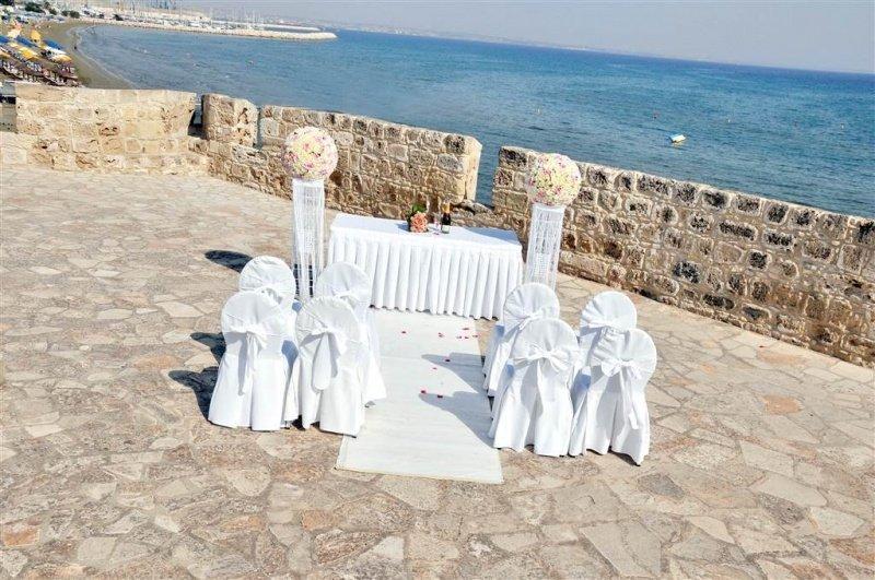 Sea & Castle Weddings in Larnaka