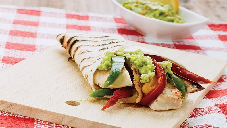Chicken wrap with avocado sauce