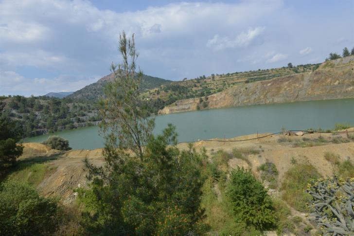 Mitsero murder: Divers searching lake near Xyliatos dam