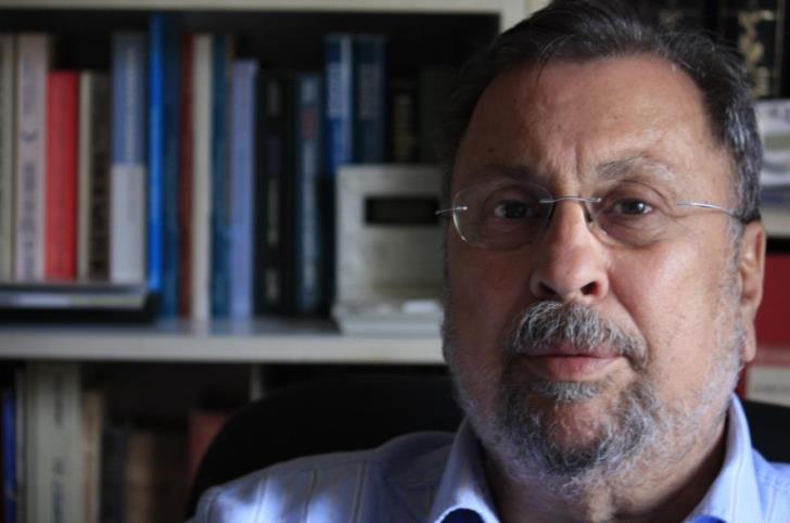 Veteran journalist Costas Yennaris dies of a heart attack