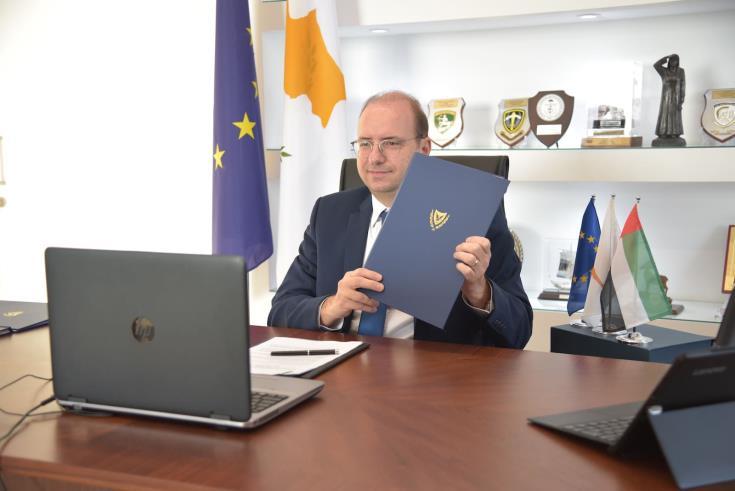 Η Κύπρος και τα ΗΑΕ υπογράφουν αμυντικό και στρατιωτικό μνημόνιο συνεργασίας