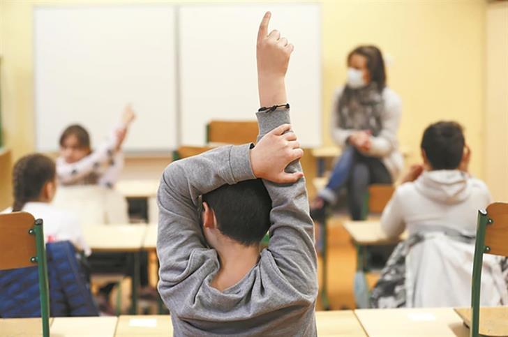 Το ποσοστό θετικής θετικότητας στα σχολεία είναι τώρα χαμηλό, σύμφωνα με στοιχεία του Υπουργείου Παιδείας